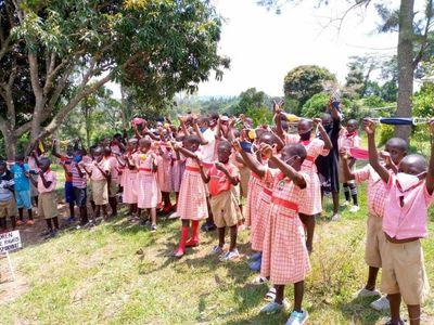 Ramon Soler® se suma a la campaña de recogida de mascarillas sanitarias para escuelas de Uganda